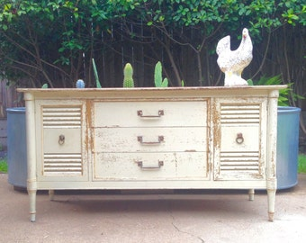 Drexel Vintage Dresser in Original Distressed Paint