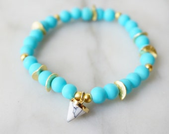 Turquoise bracelet with marble pendant, spring fashion, summer fashion