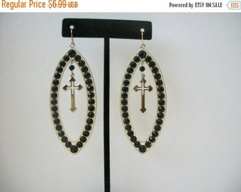 ON SALE Retro Over Sized Gold Tone Black Beads Earrings 73016