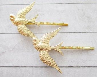 Bird bobby pins Swallow hair clips Gold Hair Pins Golden Sparrow bird Brass Wedding bobby pins Bridesmaids Bridal Gifts Hair Accessories