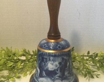 Kaiser Collectors Christmas Bell 1978 First Edition