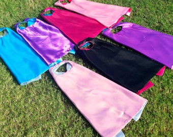 10 Superhero Party Favor Capes, superhero party cape, blank & reversible capes with a velcro closure, super hero capes, super hero party