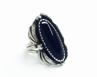 vintage Native American jet and coin silver ring size 6