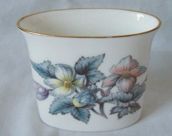 Vintage Royal Worcester Porcelain Woodland Pattern Cigarette Holder c.1950