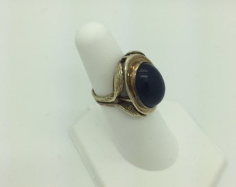 8kt Gold ring with Blue Natural Stone
