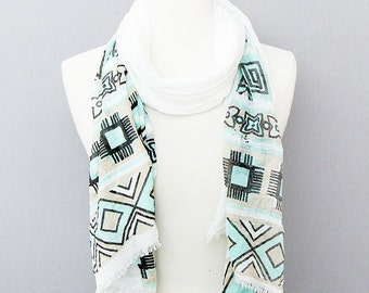 Abstract Aztec Pattern Turquoise Fashion Scarf.  BX00100SC