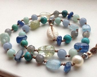 Throat Chakra Necklace- Thyroid Healing- Womens Jewelery- Gemstone Healing- Therapeutic Gemstones- Baby Blue Aquamarine Bracele