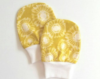 Yellow Baby Sctratch Mittens, Baby Yellow Dandelion Mittens, Newborn Mittens, Mustard Baby Mittens, Dandelion Baby Mittens