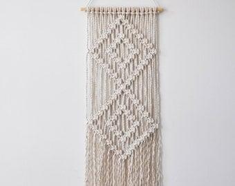 Macrame Wall Hanger - Diamond