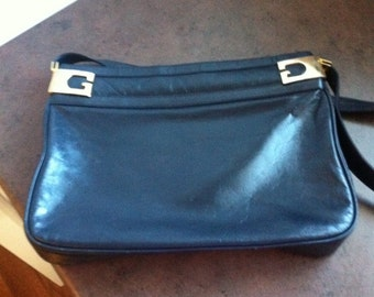 Vintage Womens Purse - Deep Blue Leather Shoulder Bag - Gold Tone Hardware - Designer Hand Bag
