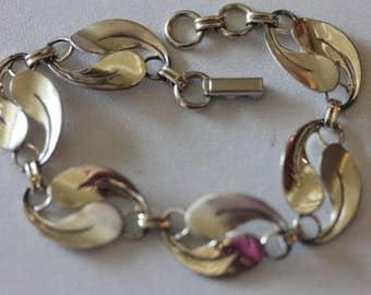 """Vintage signed Beau sterling silver swirl link bracelet 7 1/8"""""""