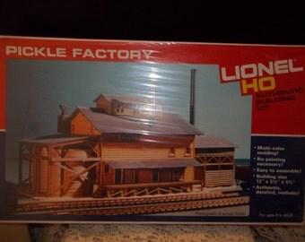 Lionel Ho Pickle Factory Building Set