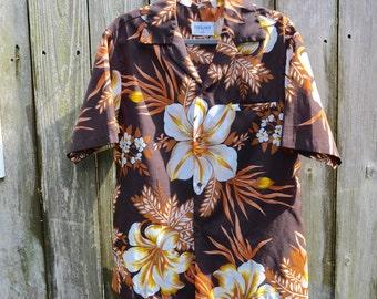 Men's shirt // Vintage Shirt // Hawaiian shirt // Shirt with flowers // Retro Shirt