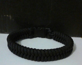Fish Tail Paracord Bracelet