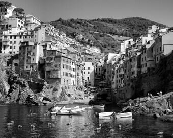 Riomaggiore - Black and White - Landscape - Cinque Terre - Italian Riviera - La Spezia - Italy - Italia - Photo - Print