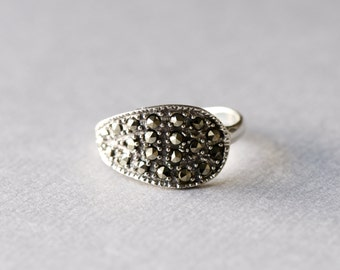 925 Sterling Silver Statement Ring, Marcasite Ring, Paisley Ring, Minimalist Ring, Antique Ring