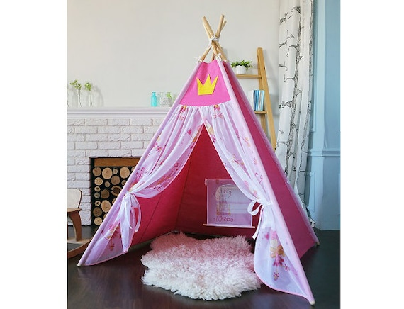 tipi pour un cadeau de princesse pour petite fille no l. Black Bedroom Furniture Sets. Home Design Ideas
