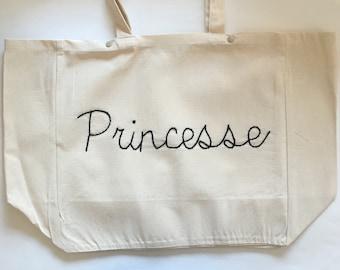 Tote bag Princess / / hand embroidery / / cotton tote / / beach bag / / large bag / / weekend bag / / tote-bag / / sports bag / / handmade