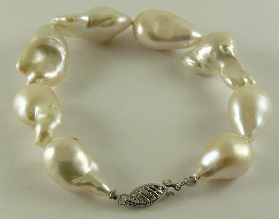 """Freshwater Baroque Pearl Bracelet 18 x 12.2mm-15-26.5mm 14k White Gold 7 3/4"""""""