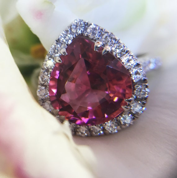 4.92ct Pink Tourmaline and Diamond Ring Made of 18kt White Gold