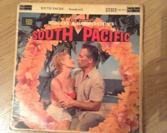 1958 LP of Rogers & Hammersteins South Pacific with colour booklet
