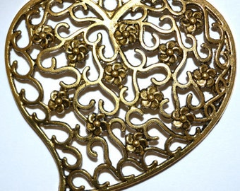 65x74mm Elaborate Decorative Brass Floral Beautiful Heart Pendant, 65x74mm