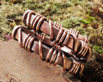 Wire Wrapped Mens Copper Ring - Hammered ring - Antiqued ring - Oxidized ring - Rustic copper ring - Anello in rame - Made to order