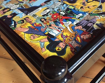 Comic furniture - upcycling - Justice League/Justice League - stool - side table