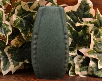 Weller Pottery Bowl, 1915 Bedford Matt Green Arts & Crafts Vase