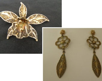Consolidation sale - matching pin and earrings