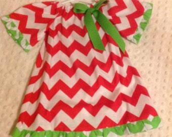 Red/green chevron dress