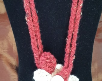 red beige flower necklace with large flower