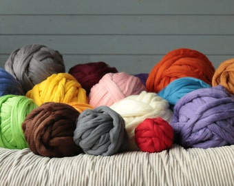 Arm knitting yarn. 1kg DIY Arm knitting merino wool Arm blanket knitting kit.  arm knitting wool 23 micrones