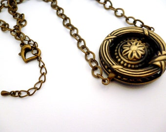 Brass Steampunk Necklace_SN14450915_ Steampunk Accessories_Necklaces_Round FR_Gift Ideas