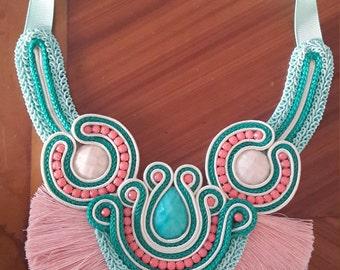 Fringed necklace . Design My KMi
