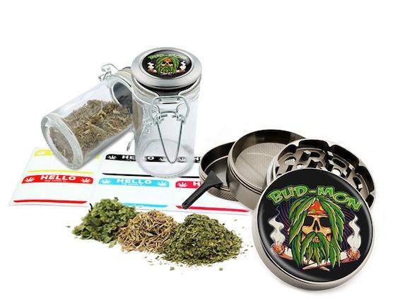 "Bud Mon - 2.5"" Zinc Alloy Grinder & 75ml Locking Top Glass Jar Combo Gift Set Item # G50-102215-1"