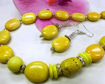 Yellow precious set of sunny charisma