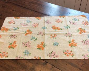 Vintage 70s Pillowcase - Tan Pink Orange Blue Flower Sprigs (A790)