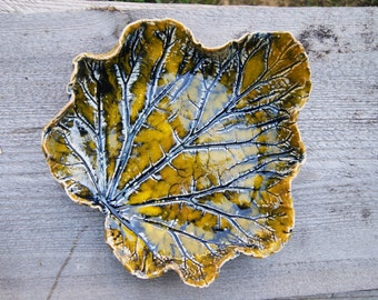 Rhubarb leaf bowl, Ceramic bowl, ceramic dish, ceramic leaf,  yellow leaf, yellow bowl, Ceramic Leaf Dish, rhubarb leaf, Leaf Plate,
