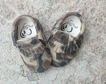 Leather baby moccasins camo baby shoes suede leather moccasins baby booties newborn leather baby moccasins camouflage