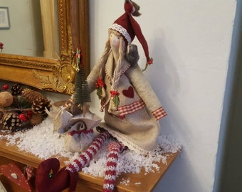 Holly a Yuletide pixie