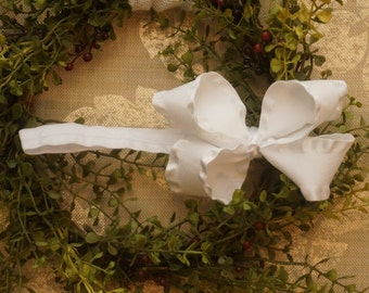 White Bow - 1/2 Inch Headband