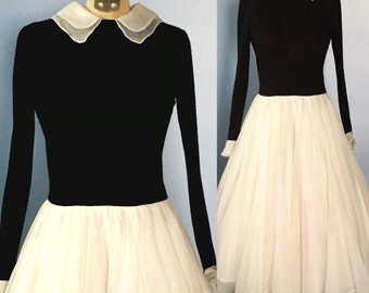 1950s Rear Window Dress / 50s dress / Grace Kelly dress / 50s fit and flare / black and white dress
