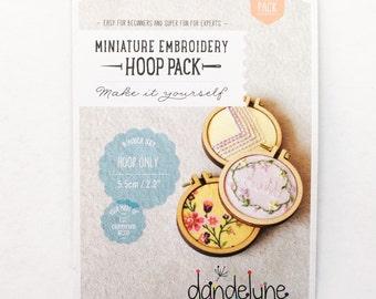 "DIY Mini Embroidery Hoops by Dandelyne- 3pk- 2.2""/5.5cm Round Hoops Only"