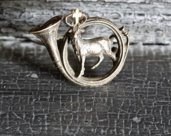 Stag and Horn Vintage Brooch/Deer Brooch/Hunting Stag Brooch/Horn and Stag with Cross