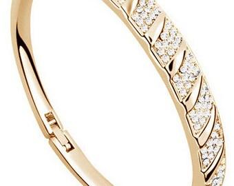 Stunning Bangle Bracelet, Trendy Bracelet, Gold Bangle Bracelet, Affordable Lady's Gift .