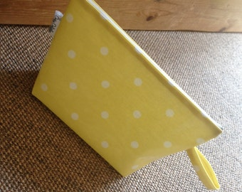Dotty Dolittles Oilcloth Small Wash Bag