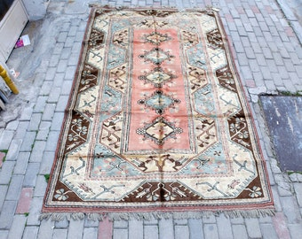 Anatolian Turkish Rugs - Milas Carpet with warm colours from the '90s.