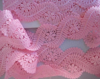Venise Lace edging hand dyed 1 yard in pink for earings,  handbag trim, card making jewellry