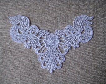 Lace Appliques white Venise Lace flower design for bridal, necklaces, Jewelry Supply, Altered Couture, Memory pages